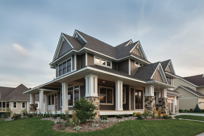 How Engineered Wood Siding Complements
