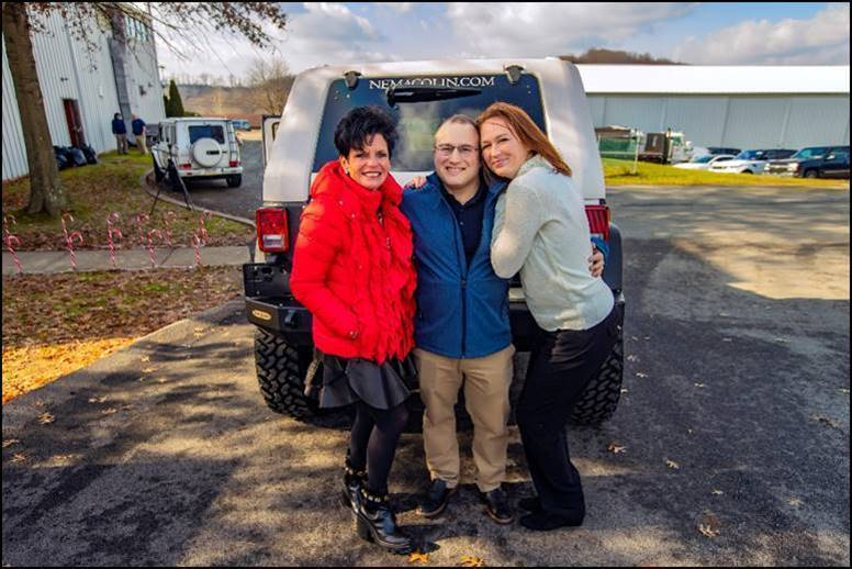 Maggie Hardy Owner And President Of 84 Lumber Awarded The Ultimate Christmas Gift To One Companys Associates A Jeep Wrangler Unlimited
