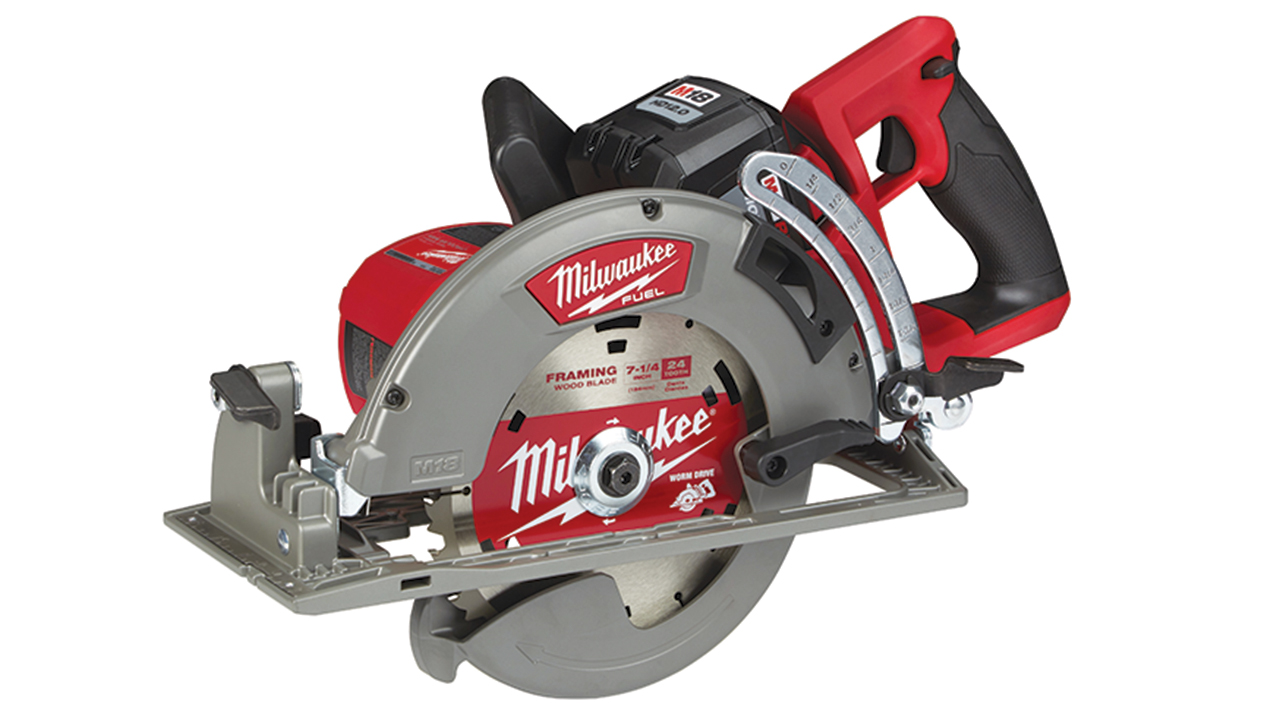 Milwaukee Rear Handle Circular Saw