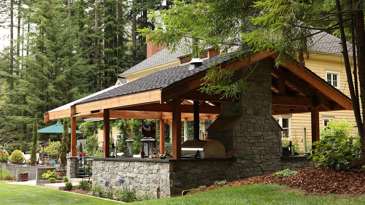 Humboldt Sawmill 2 outdoor kitchen