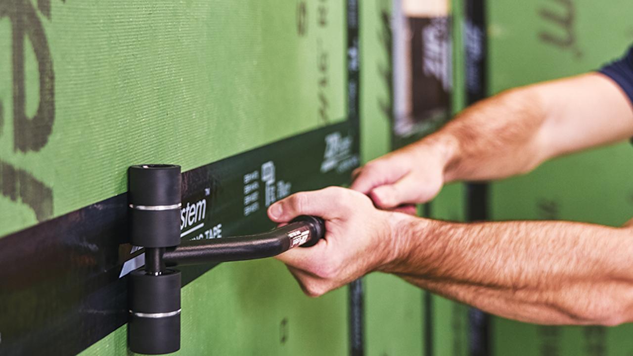 Huber ZIP system tape roller