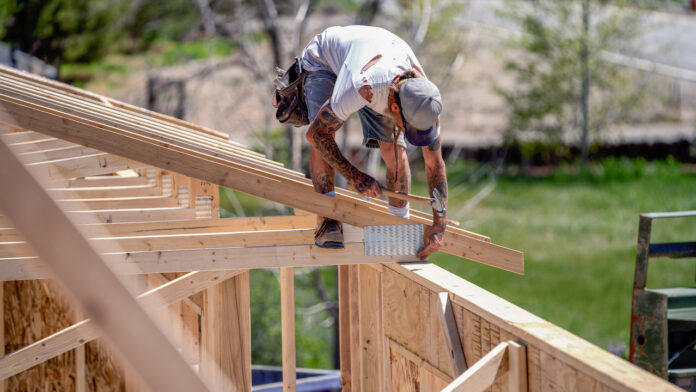 builders struggle with lumber prices